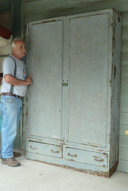 INDUSTRIAL METAL 2 DOOR OVER 2 DRAWER CABINET