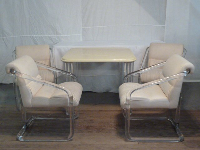 MID-CENTURY LION IN FROST LUCITE TABLE & 4 CHAIRS