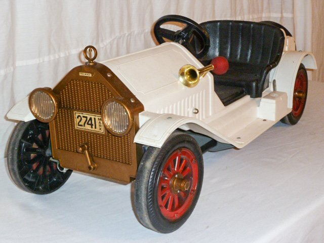 MARX BATTERY POWERED STUTZ BEARCAT CONVERTIBLE - 6