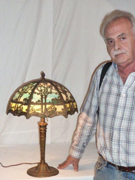 CIRCA 1900 2 COLOR SLAG GLASS OVERLAY TABLE LAMP - 7