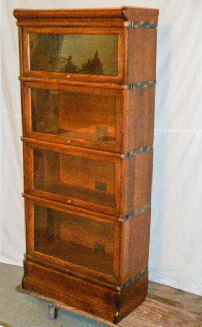 GLOBE-WERNICKE 3/4 SIZE OAK 4 STACKER BOOKCASE - 2