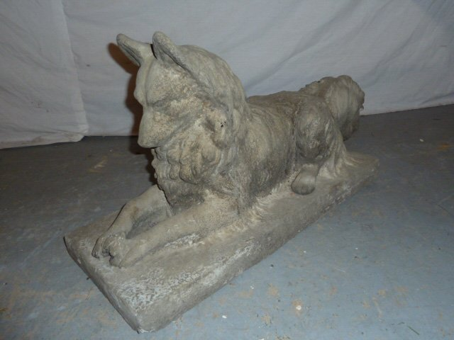 VINTAGE POURED CEMENT DOG LOOKING AT BUG ON BASE - 2