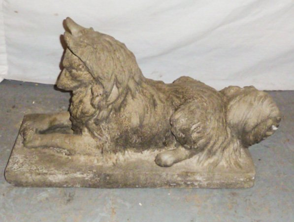 VINTAGE POURED CEMENT DOG LOOKING AT BUG ON BASE - 4