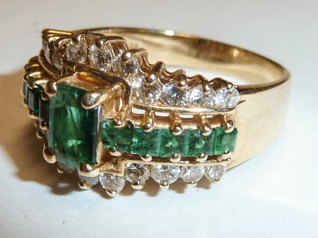 14KT NATURAL DARK MATCHED EMERALD & DIAMONDS RING - 3