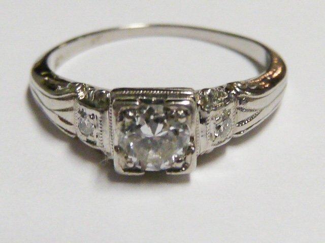 ART DECO 3 DIAMOND RING SET IN PLATINUM RING