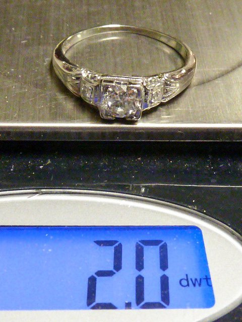 ART DECO 3 DIAMOND RING SET IN PLATINUM RING - 4