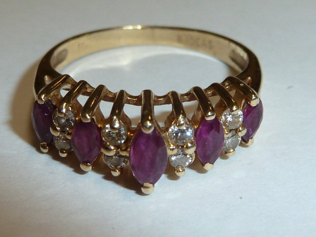 14KT YELLOW GOLD MARQUE DIAMOND & RUBY RING