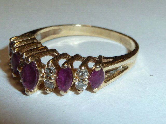 14KT YELLOW GOLD MARQUE DIAMOND & RUBY RING - 3