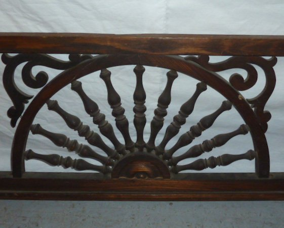 CIRCA 1900'S FRET WORK SPINDLED PANEL - 3