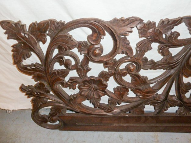VICTORIAN HEAVILY CARVED PEDIMANT - SUN FLOWER - 3