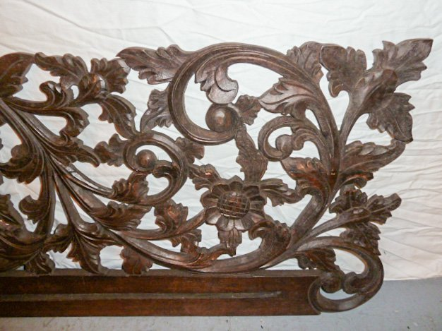 VICTORIAN HEAVILY CARVED PEDIMANT - SUN FLOWER - 5