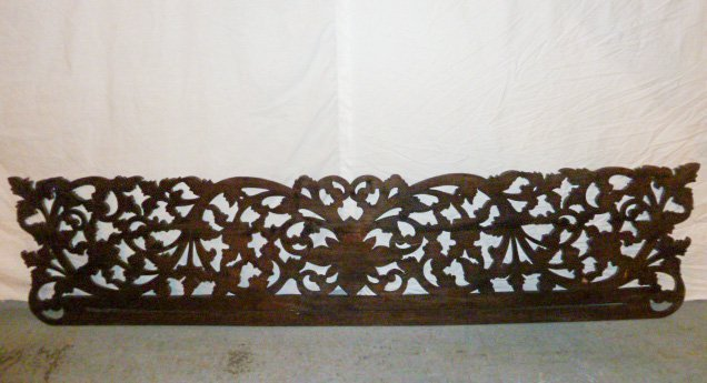 VICTORIAN HEAVILY CARVED PEDIMANT - SUN FLOWER - 6
