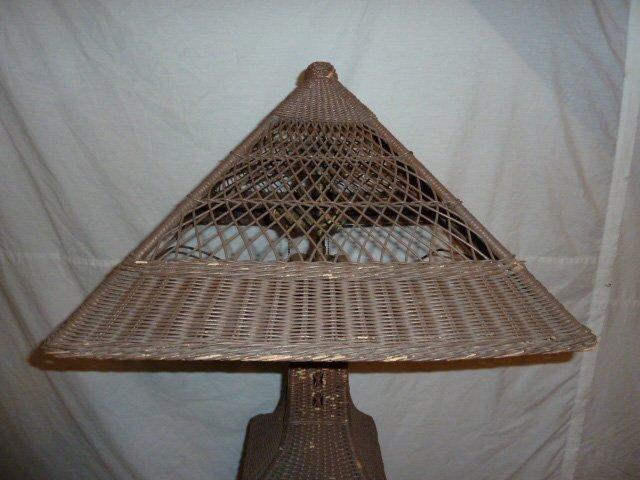 VINTAGE WICKER FLOOR LAMP ORIGINAL SHADE - 2