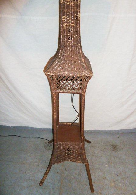 VINTAGE WICKER FLOOR LAMP ORIGINAL SHADE - 3