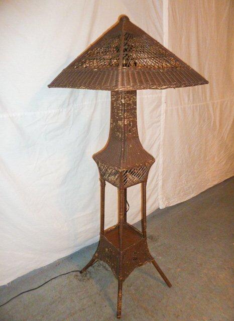 VINTAGE WICKER FLOOR LAMP ORIGINAL SHADE - 4
