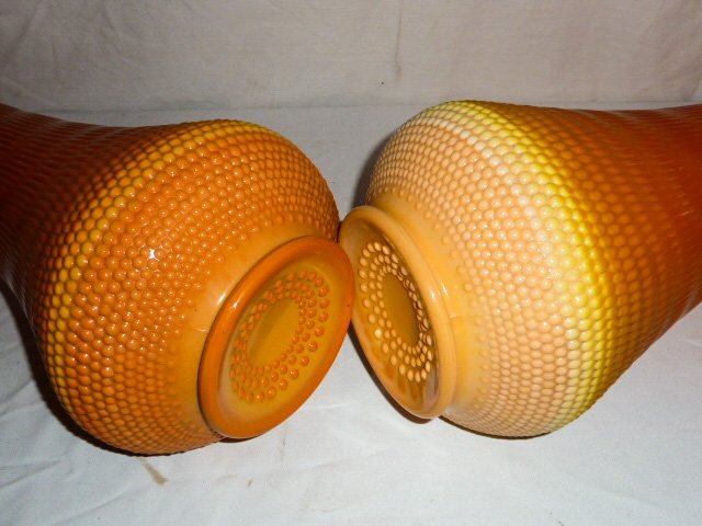 PR OF MID-CENTURY TWO COLOR ART GLASS VASES - 8