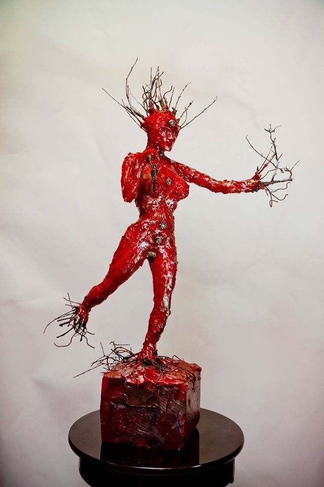 Sculptures Made of Wood,Steel, Ceramic, Silver,Bronze &