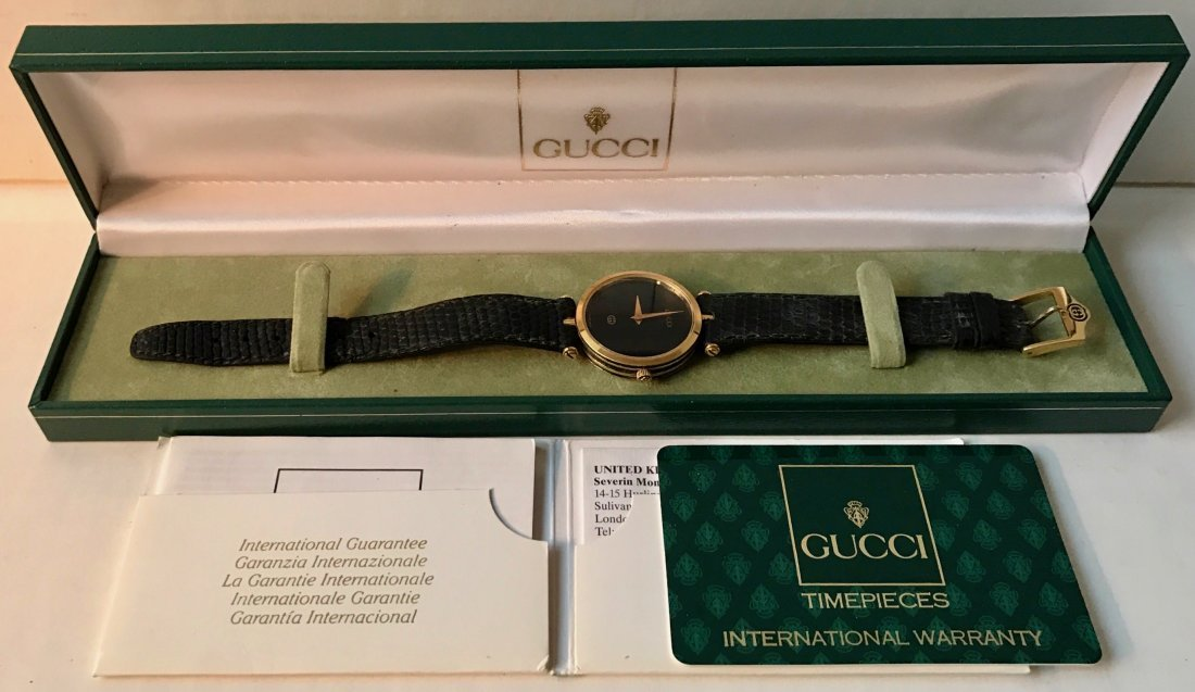 Vintage Gucci Watch w/ Original band, Diamantissima