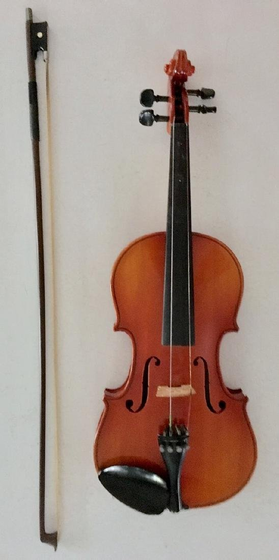 Nagoya Suzuki Violin, In Hard Case With Bow