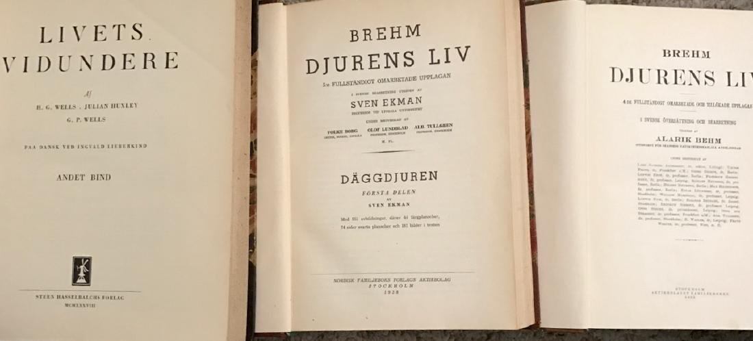 Swedish Books Including Science of Life, Wells & Huxley - 5