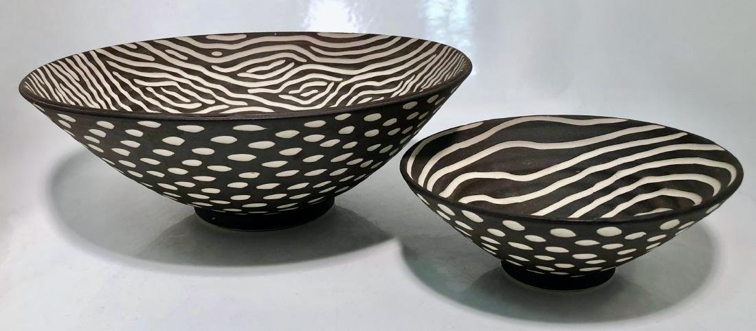 Halvorsen Stoneware Footed Bowls W/ Sgraffito (2)
