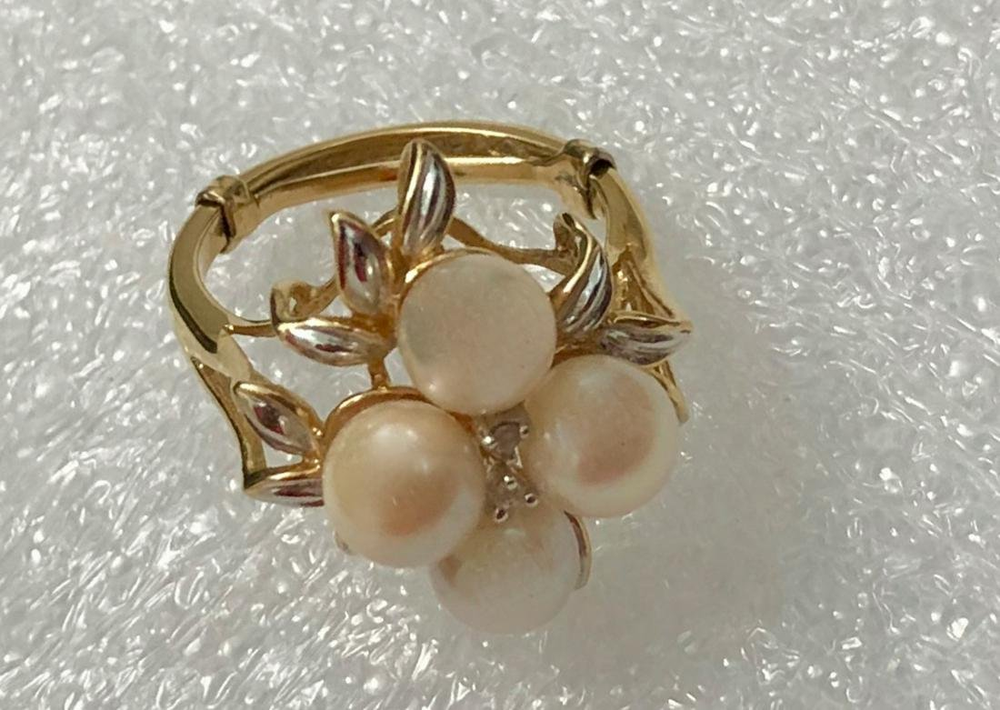 14k Yellow Gold Ring set with Pearls & Diamonds