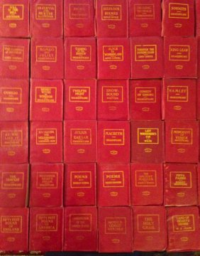Little Leather Miniature Library Books, C.1920 (98).