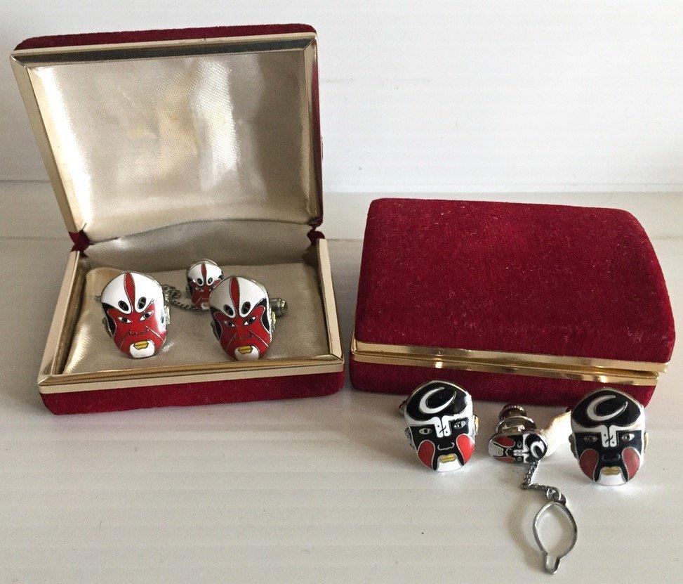 Chinese Enamel Opera Mask Cufflinks Tie Tack Set (2)