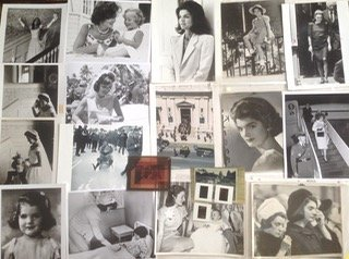 Jacqueline Kennedy & Children Photograph Collection - 2