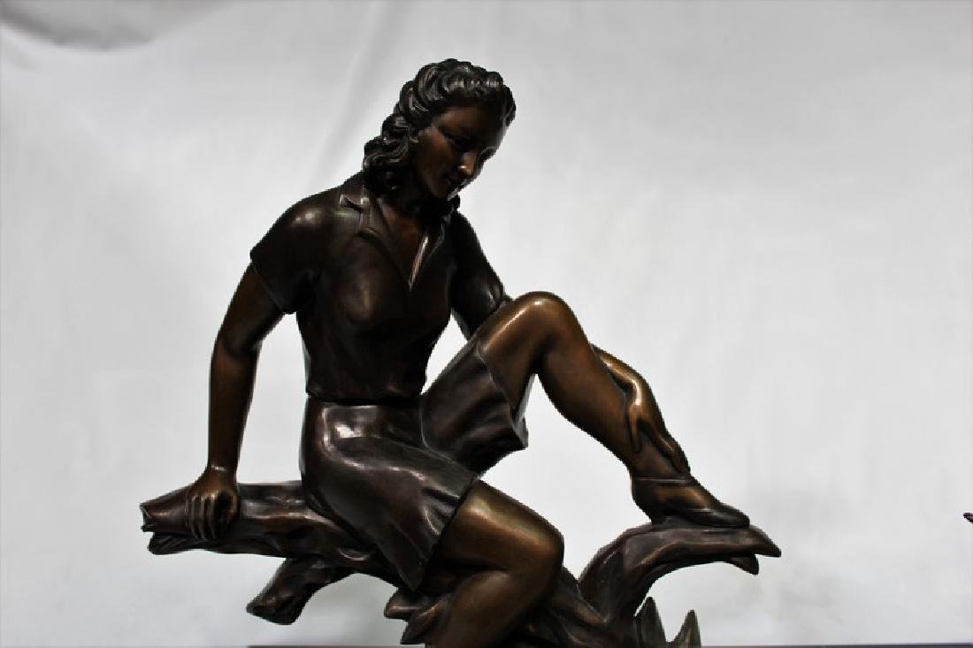 Art Deco Bronze Figurine of a Girl with Swan - 2
