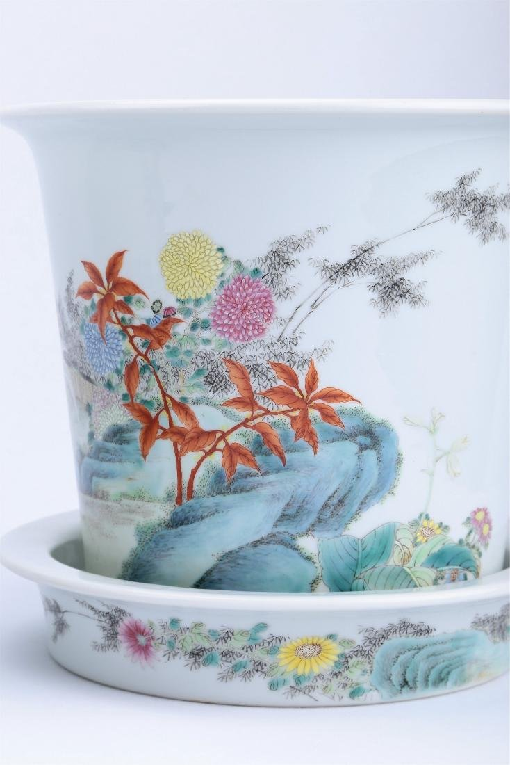 A Pair of Chinese Famille-Rose Porcelain Planter - 6