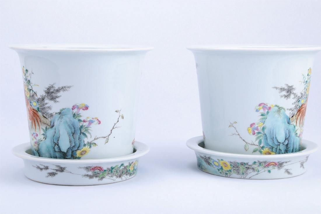 A Pair of Chinese Famille-Rose Porcelain Planter - 7