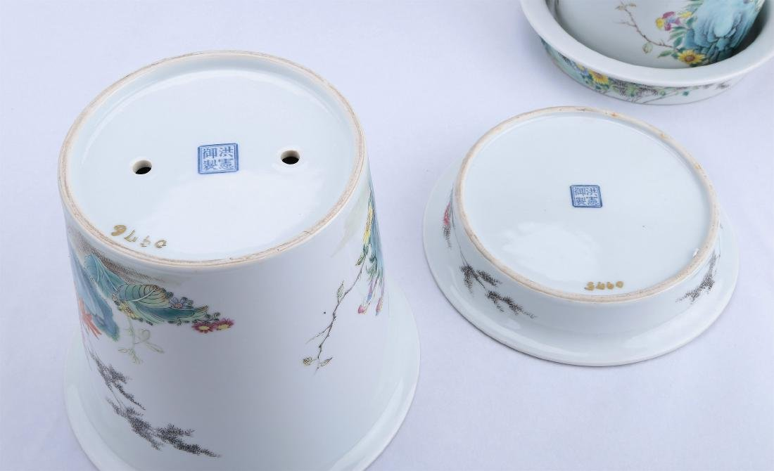 A Pair of Chinese Famille-Rose Porcelain Planter - 9