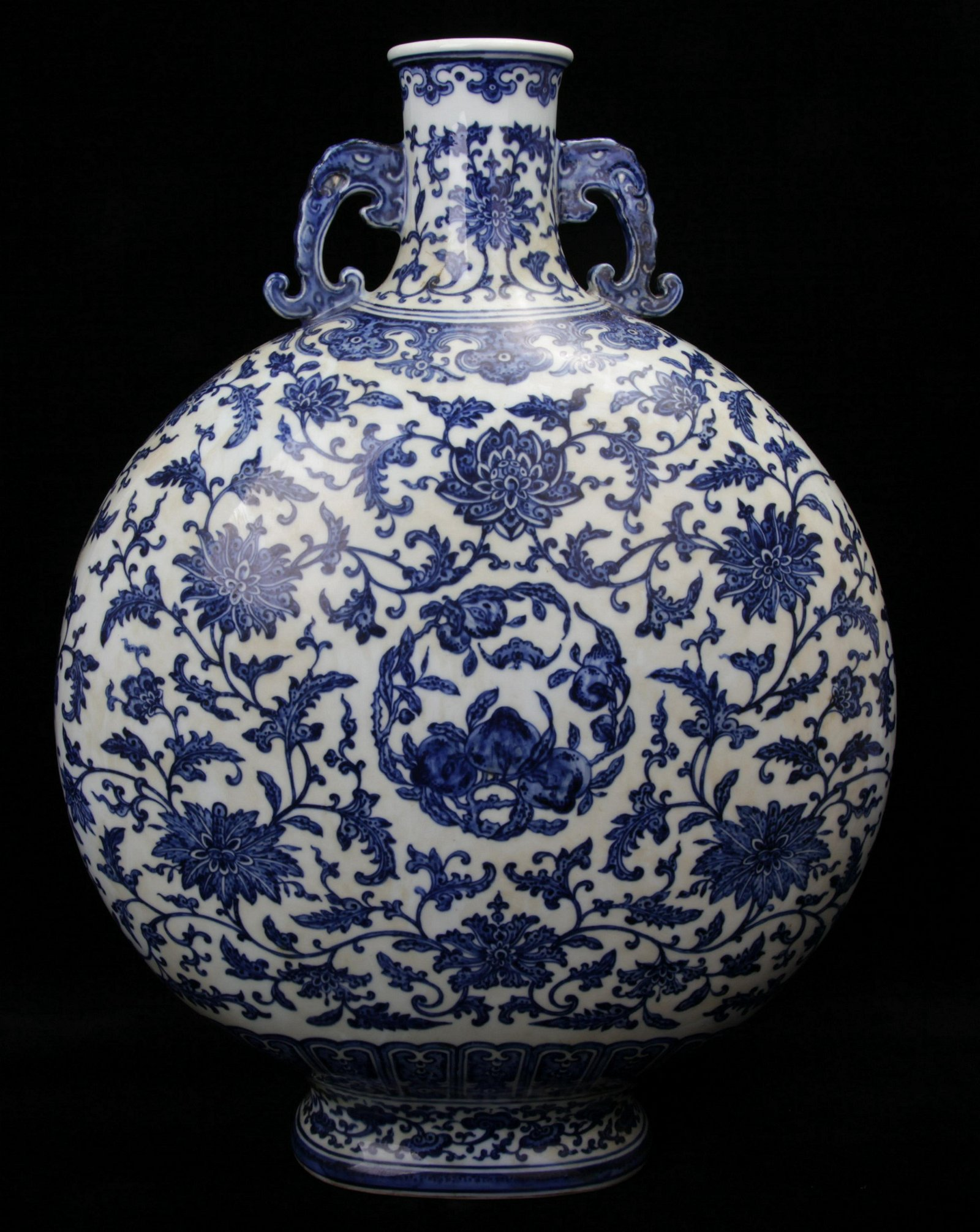 A Chinese Blue and White Porcelain Moon Flask