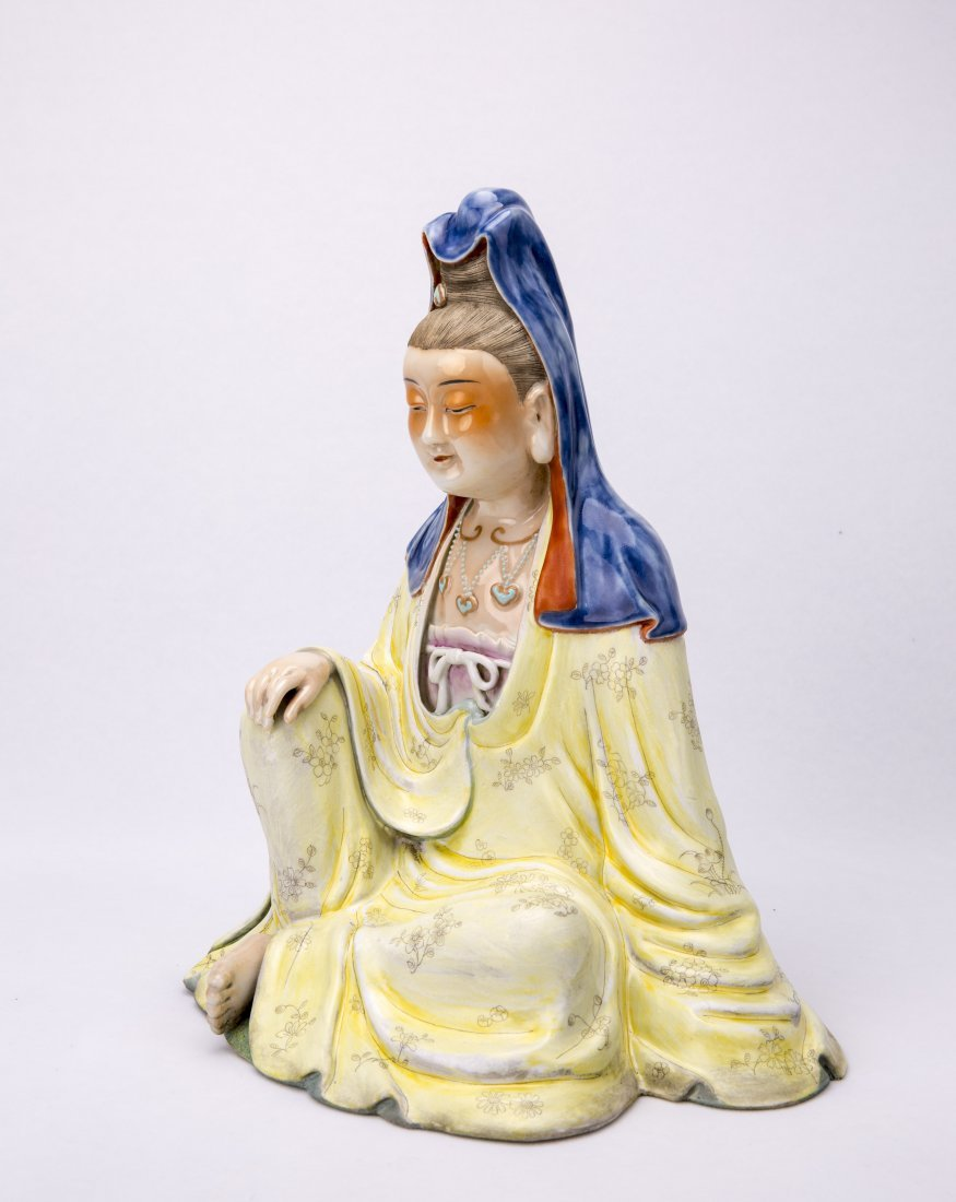 Chinese Famille-Rose Porcelain Figure Statue of seated - 2