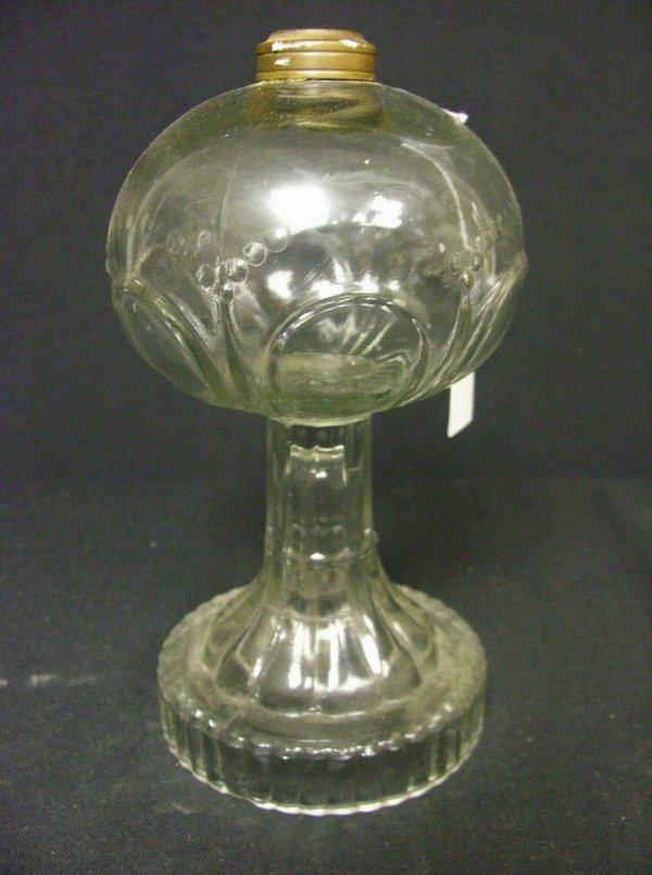 833: VINTAGE GLASS OIL LAMP