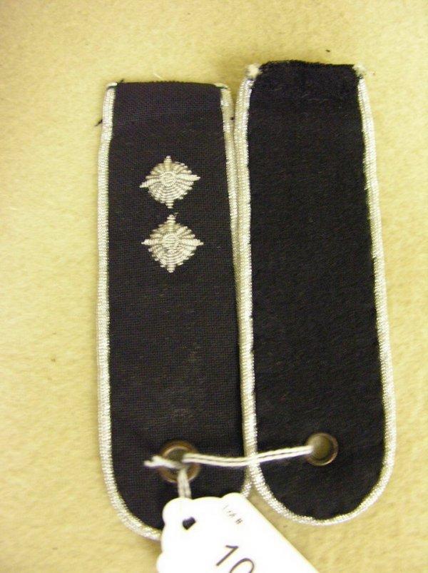 1046: WWII GERMAN MILITARY SHOULDER BOARDS