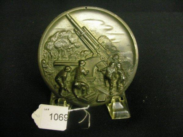 1069: WWII GERMAN ARTILLERY PLAQUE