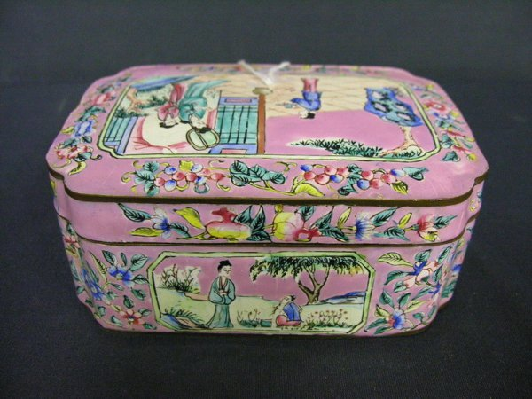 17: CANTON ENAMEL COVERED BOX