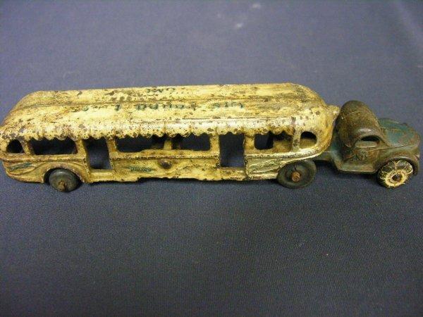 613: ARCADE GREYHOUND LINE GMC BUS