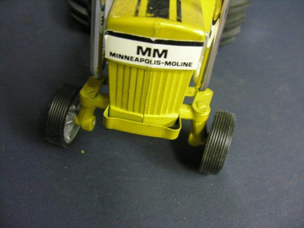 881: ERTL MINNEAPOLIS MOLINE TOY TRACTOR - 5