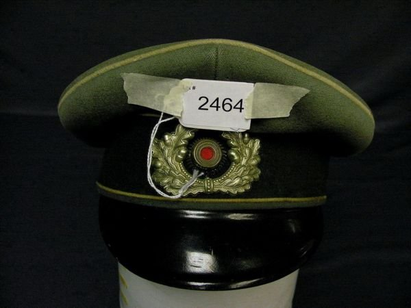 2464: GERMAN ARMY OFFICERS VISOR CAP