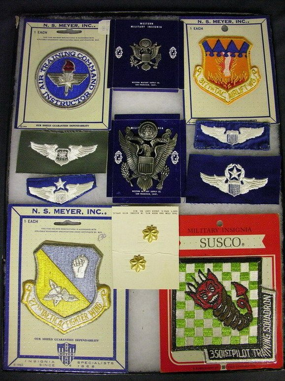 2828: MILITARY PATCHES