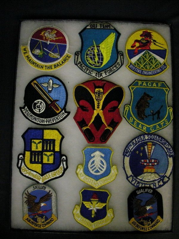 2832: MILITARY PATCHES