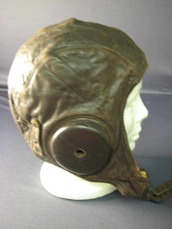 4482: WWII U.S. LEATHER FLIGHT CAP - 4