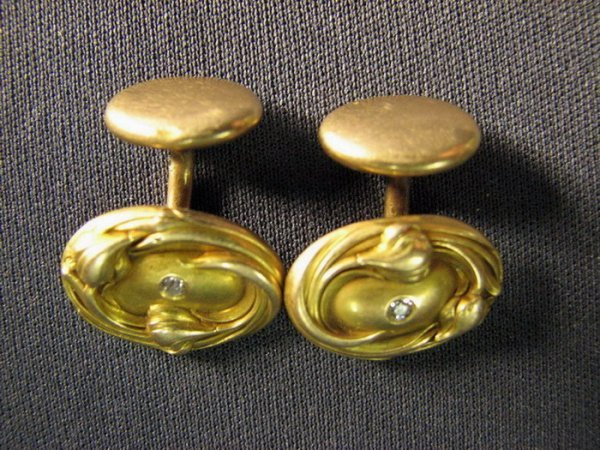 4514: VICTORIAN 14K AND DIAMOND CUFF LINKS