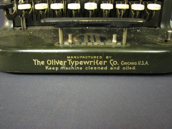 4570: VINTAGE OLIVER TYPEWRITER NO. 5 - 3