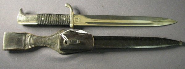 5005: WWII GERMAN DRESS BAYONET SCABBARD AND FROG