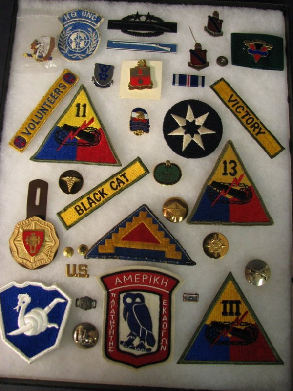 5022: MILITARY PATCHES AND INSIGNIAS