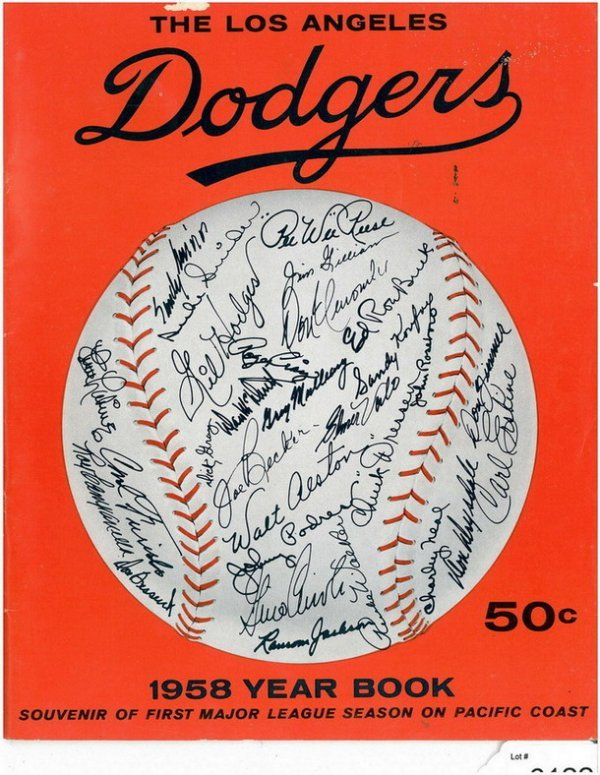 6122: LOS ANGELES DODGERS 1958 YEAR BOOK